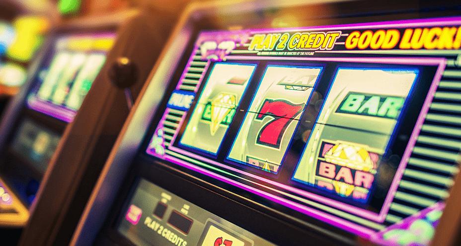 Free casino slot machine games online online casino bonus free spins